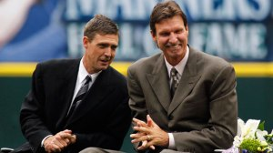 Dan Wilson and Randy Johnson at the Mariners Hall of Fame induction. Image Credit: Getty Images