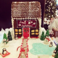 Elizabeth Rosalyn The: Gingerbread House
