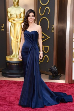 Sandra Bullock: Alexander McQueen