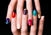 Multicolor-Fall-Manicure