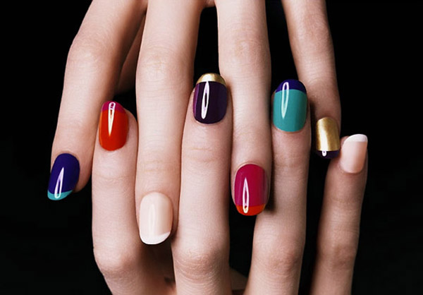 Multicolor-Fall-Manicure