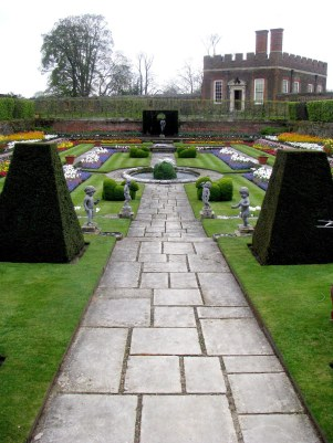 Garden at Hampton Court Palace