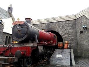 hogwarts express wizarding world harry potter hollywood universal studios