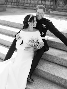 Official portrait of the Duke and Duchess of Sussex